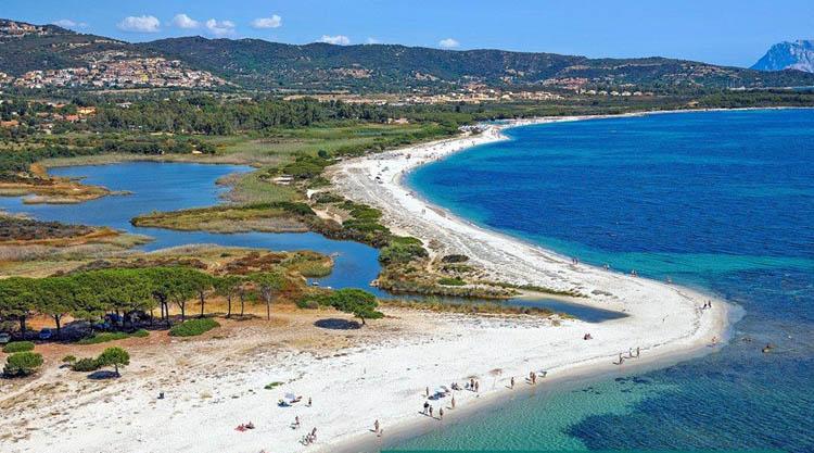 Budoni Sardegna Cartina.Spiagge Di Budoni Sardegna Mappe Foto E Servizi Sardegna In Blog 2021