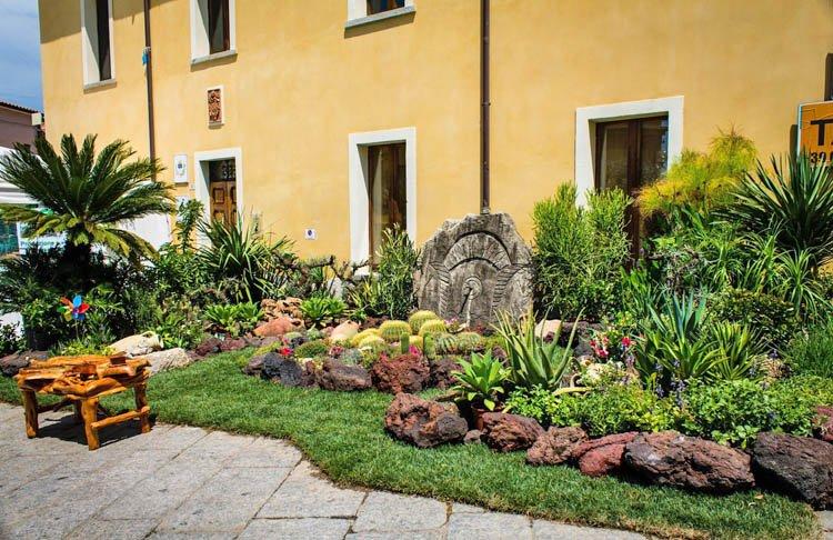 Estate-in-fiore-arzachena-prato-giardino